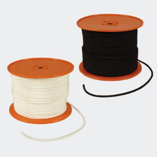 Corde, teli di plastica e borse